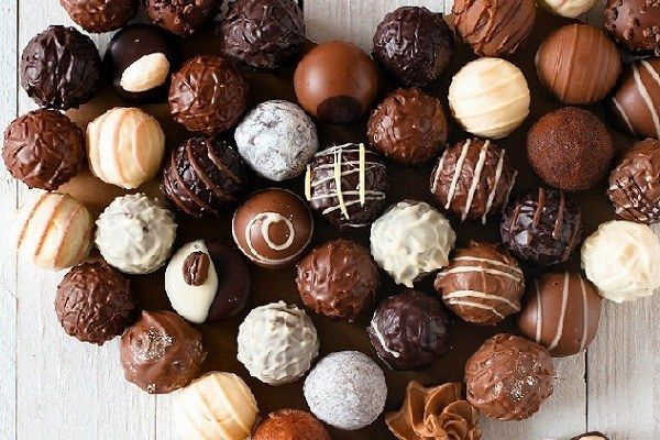 ky-thuat-do-khuon-chocola.jpg